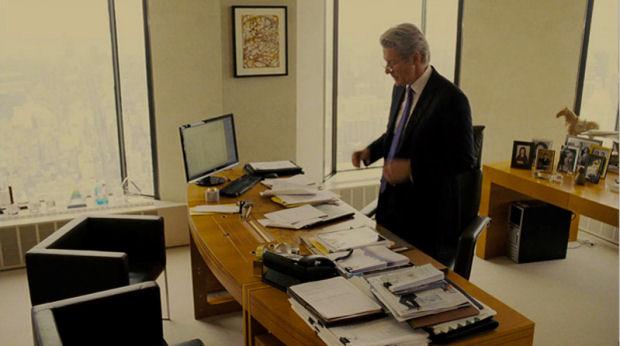 target mesa gerencia tresserra pelicula el fraude
