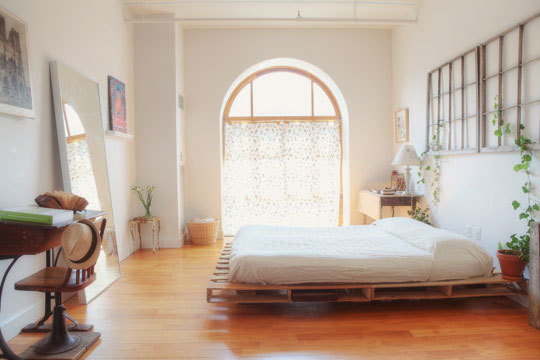 cama hecha en palets